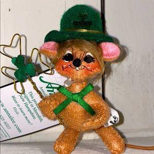 ☘️SALE☘️AnnaLee Mini St. Patrick's Day Mouse☘️